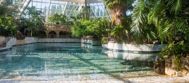 Rolstoeltoegankelijk zwembad Aqua Mundo tijdens jouw mindervaliden vakantie
