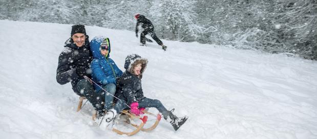 Wintersport tijdens een wintervakantie in de Ardennen bij Center Parcs