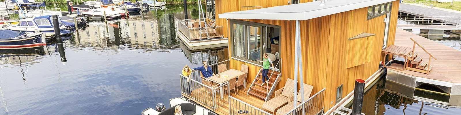 Ferien auf dem Hausboot bei Center Parcs