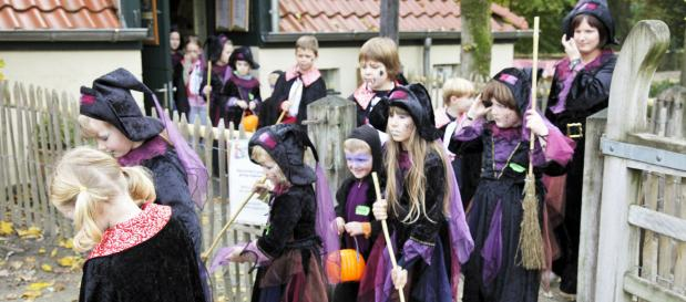 halloween kids parade