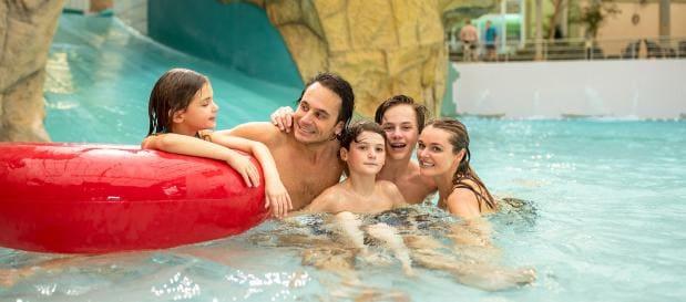 Familie im Aqua Mundo in Les Ardennes
