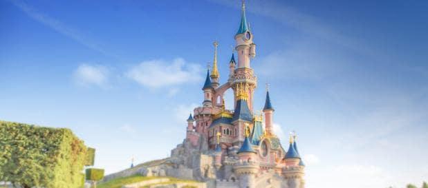 Disneyland Paris château